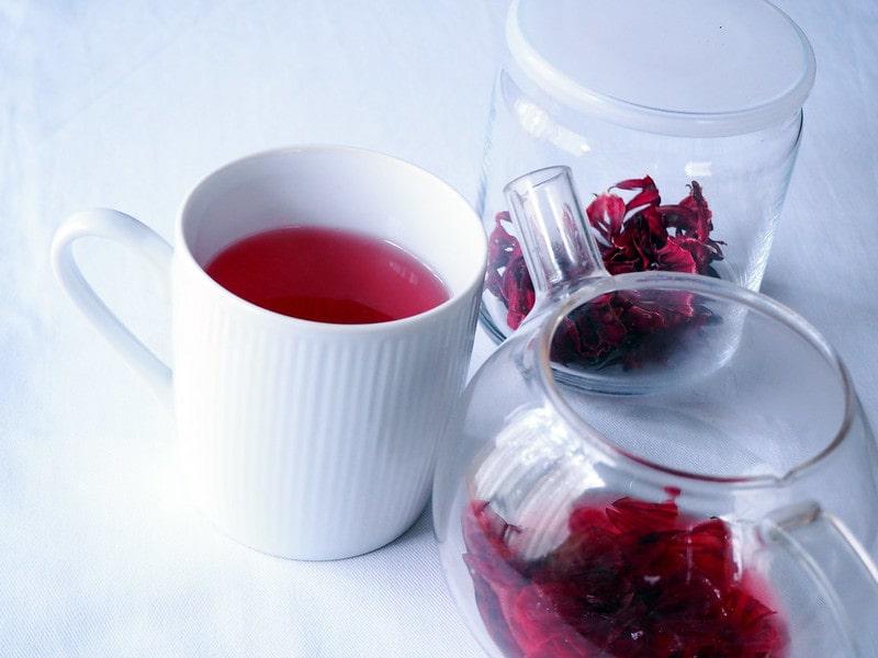 Чайная посуда с гибискусом