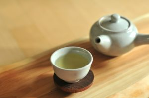 Зеленый свежий чай