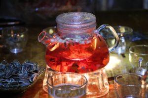 Стеклянный чайник со свечой-подогревом