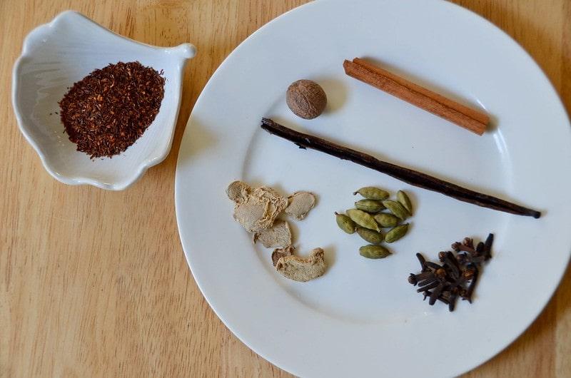 Ингридиенты для чая масалы