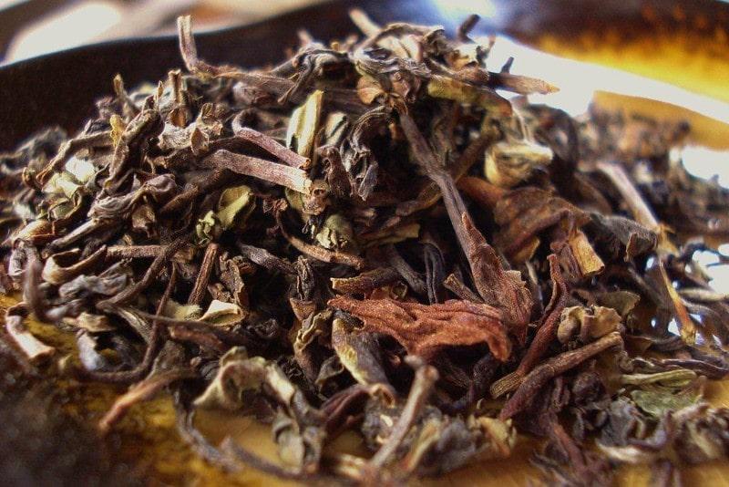 Крупнолистовой чай из Индии