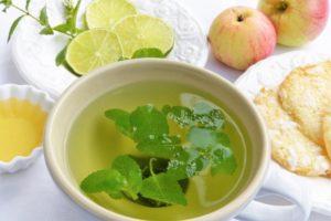Чай с мятой и лаймом