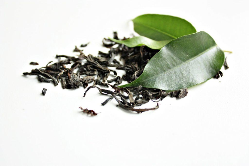 Зеленый чай листья